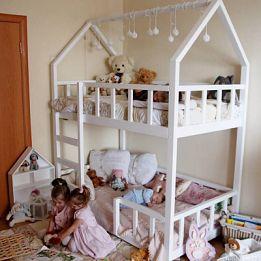 кровать домик двухярусная