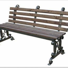Скамейка со спинкой на дачу